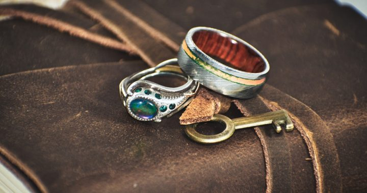 How to Buy an Antique Ring